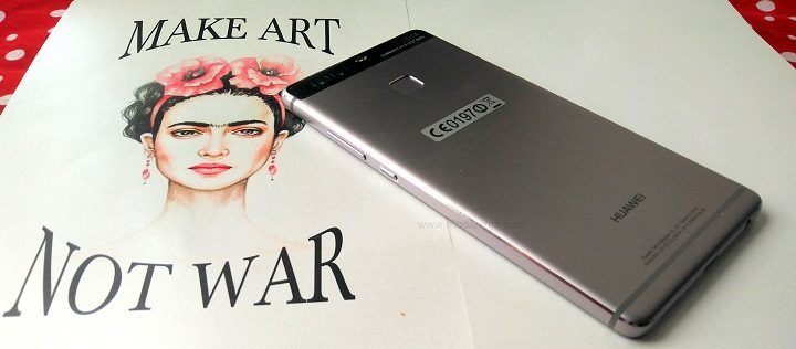 Fashion week made easier with Huawei p9